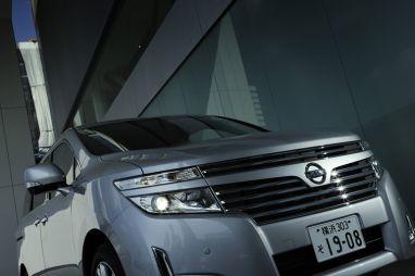 Обзор нового минивэна Nissan Elgrand