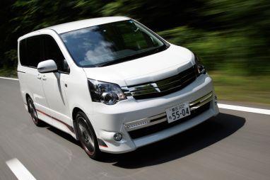 Отчет о тест-драйве Toyota Noah/Voxy GSports — первой модели в спортивной линейке бренда