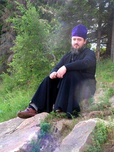 Записки священника о паломнической поездке по святой земле Русской на автомобилях Honda Mobilio и Subaru Forester