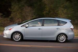 Тест-драйв прототипа Toyota Prius в кузове минивэн