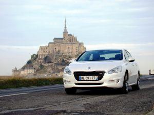 Тест-драйв флагманского седана Peugeot508 отDrom.ru. Спретензией