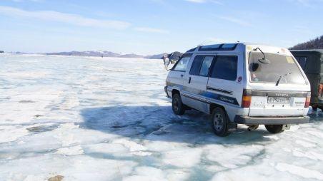 Путешествие на зимний Ольхон на Toyota Town Ace