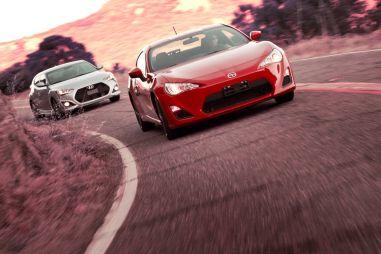 Сравнительный тест: Hyundai Veloster Turbo против ScionFR-S (ToyotaGT86)