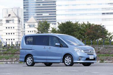Отчет о тест-драйве Nissan Serena S-Hybrid. Это точно гибридная модель?