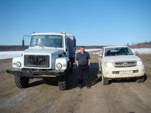 Перегон пикапа ToyotaHilux изВладивостока наполюс холода вапреле 2012года
