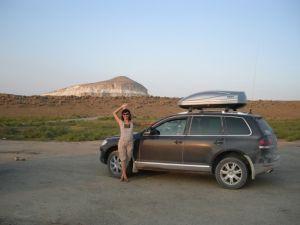 В гости к древнему чудовищу Мангис... Путешествие по Западному Казахстану на Volkswagen Touareg в компании четырех авто