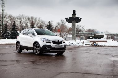 Тест-драйв кроссовера Opel Mokka. Переднеприводный полноприводник