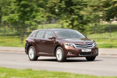 Тест-драйв Toyota Venza от Drom.ru. Универсал для домохозяек?