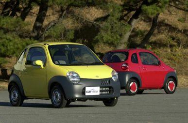 Обзор автомобиля Suzuki Twin, 2003