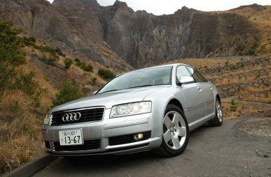 Обзор автомобиля Audi A8, 2003
