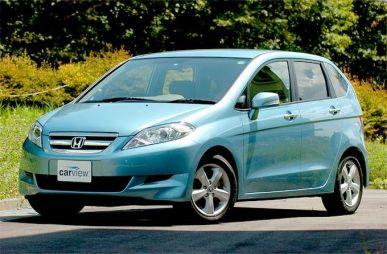 Обзор автомобиля Honda Edix, 2004