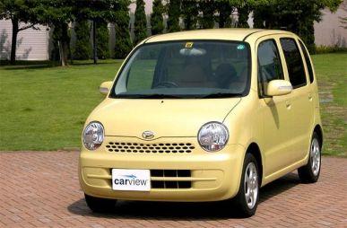 Обзор автомобиля Daihatsu Move Latte, 2004