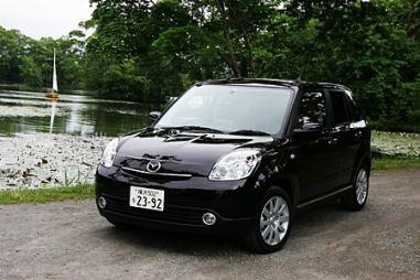 Благоприятные впечатления (Mazda Verisa, 2004 год)