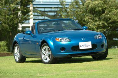 Обзор автомобиля Mazda Roadster, 2005 год