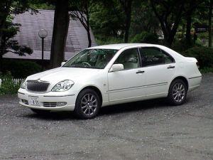 Обзор автомобиля Toyota Brevis Ai250, 2001 год