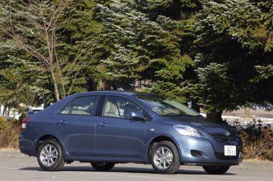 Все – во имя красоты. Обзор автомобиля Toyota Belta, 2006