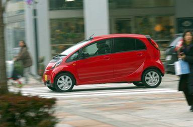 """Тест автомобиля Mitsubishi i в комплектации """"М"""", 2006"""