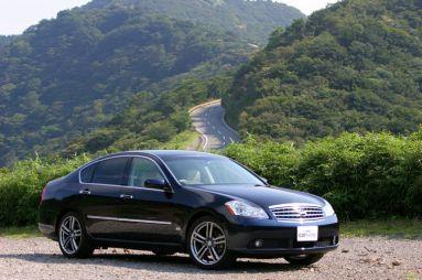 Обзор автомобиля Nissan Fuga 450GT, 2005