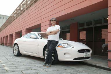 """""""Возвращение легенды"""". Обзор автомобиля Jaguar XK, 2006."""