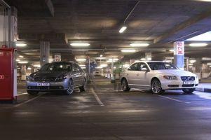 Сравнение автомобилей Volvo S80 и Infiniti M45, 2006