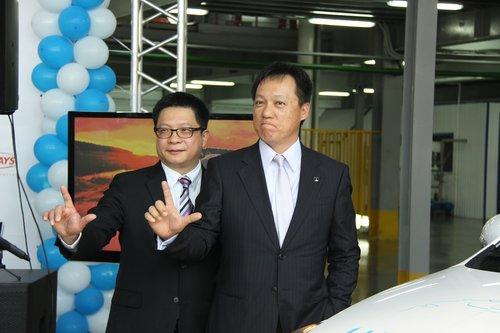 Френк Ван (слева) и Винсент Цао