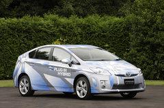 Toyota Prius Plug-in Hybrid — гибрид будущего