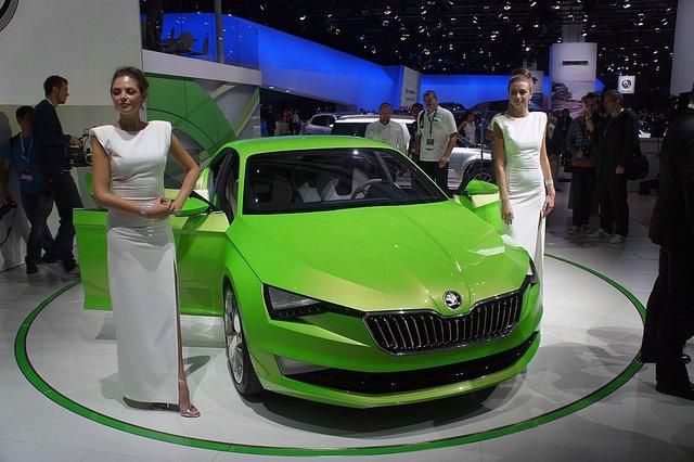 Автосалон в москве 2014 шкода что делать если купили машину а она в залоге у банка