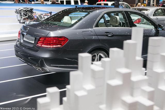 Mercedes-Benz E300 Blue TEC Hybrid