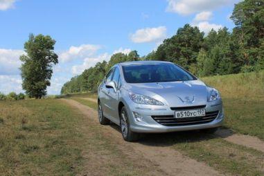Тест-драйв Peugeot 408 от Drom.ru. Адаптированный к России
