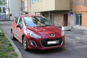 Путешествие к братьям славянам: в Киев на Peugeot 308