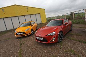 Сравнительный тест Ford Focus ST и Toyota GT86: передний против заднего