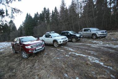 Сходка «колхозников»: Volkswagen Amarok, Ford Ranger, Mitsubishi L200 или Toyota Hilux Pick Up. Какой пикап выбрать?