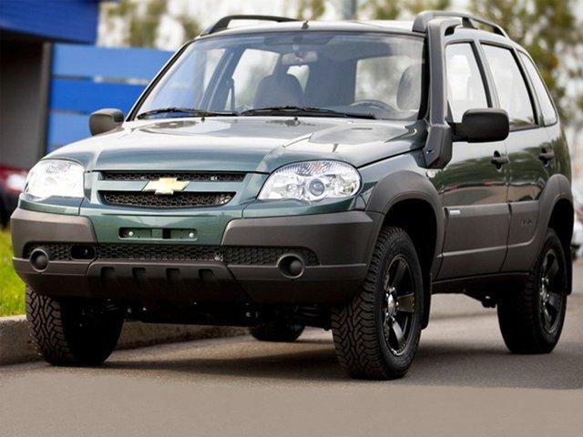 Версия, впоследствии получившая название LE, изначально создавалась ограниченной партией в 300 экземпляров на 100-летие Chevrolet. Модификация настолько полюбилась, что теперь предлагается среди других комплектаций