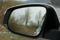 Требовать от зеркал чего-то большего не приходится — хороши. Большие и не искажают картинку