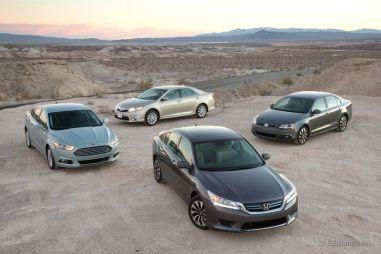 Сравнительный тест гибридных седанов Toyota Camry, Honda Accord, Ford Fusion и Volkswagen Jetta
