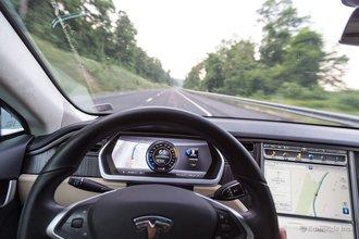 Браш-Крик, Пенсильвания: Tesla Model S проглатывает километры пути в плавной и непринужденной манере, коей нет равных