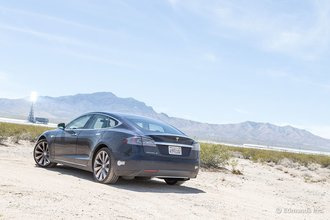 Айванпа, Калифорния: в ходе этой поездки Tesla model S 2013 показал себя как превосходный автомобиль класса grand touring