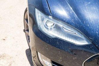 Айванпа, Калифорния: в ходе поездки мы смогли по достоинству оценить мощные фары Model S