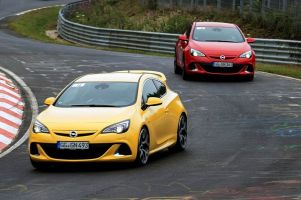 Тест-драйв 280-сильного хэтчбека Opel Astra OPC на Нюрбургринге. На три буквы