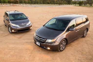 Сравнительный тест американских минивэнов: Honda Odyssey против Toyota Sienna