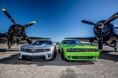 Сравнительный тест Chevrolet Camaro ZL1 против Dodge Challenger SRT Hellcat