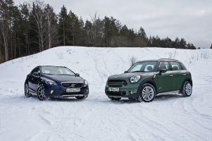 Сравнительный тест Mini Countryman и Volvo V40 Cross Country. Деревенщина?
