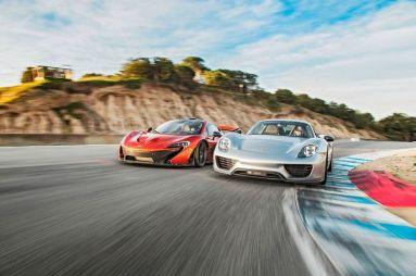 Сравнительный тест McLaren P1 и Porsche 918 Spyder. Битва титанов