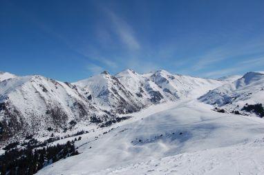 Из Иркутска в Киргизию с посещением трех горнолыжных курортов: Каракол, Чимбулак, Шерегеш