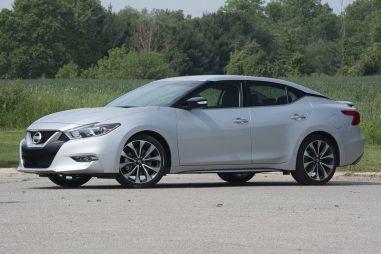 Первый тест нового поколения Nissan Maxima. Четырехдверный спорткар