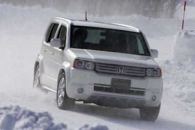 Обзор автомобиля Honda Crossroad, 2007