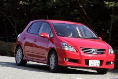 Обзор с пристрастием автомобиля Toyota Blade G, 2007