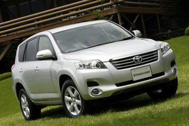 Обзор автомобиля Toyota Vanguard 2007 года