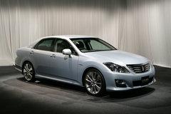 Toyota Crown Hybrid Concept.