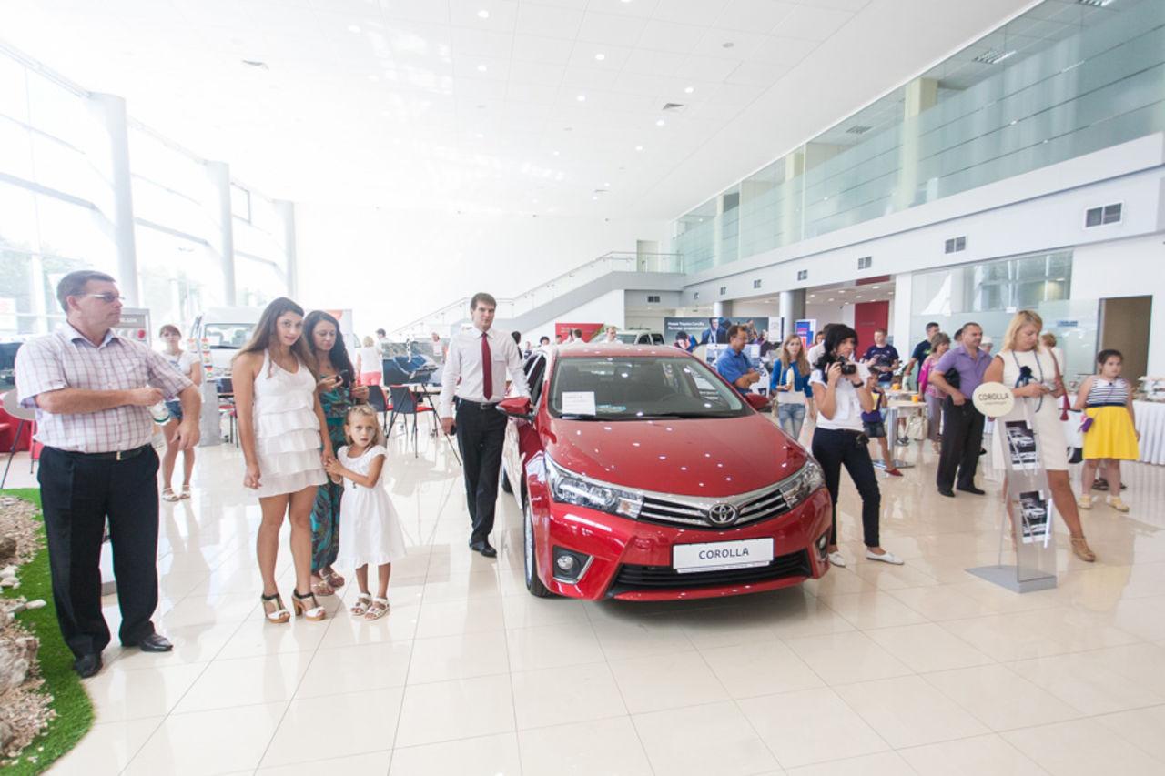 Toyota Центр Нижний Новгород  Автомобили Тойота фото
